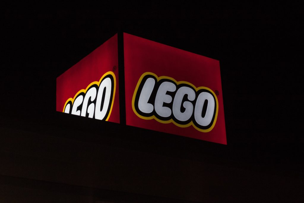 Lego brand uses the color red in its logo.